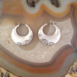 LC vintage crescent moon hoop earrings GUC
